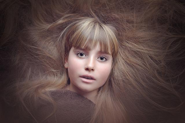 Haarteile kaufen künstlich oder natürlich